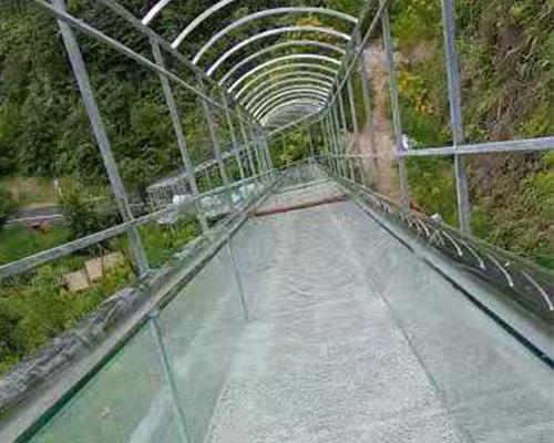 景区玻璃滑道